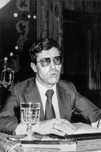 1990 ALEJANDRINO FERNANDEZ BARREIRO